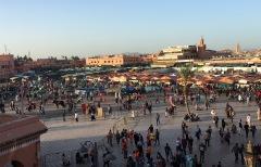 Blick von Terrasse auf Djemma el Fna