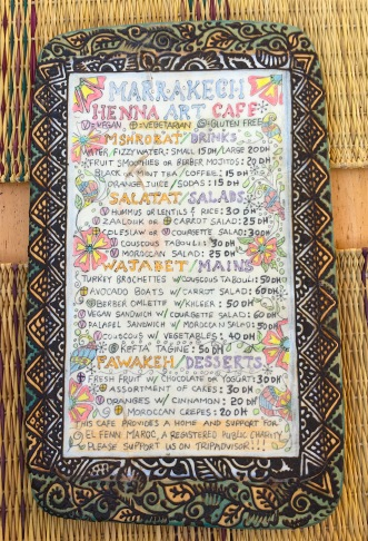 Speisekarte im Henna Art Café