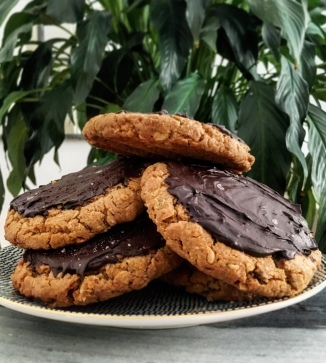 Peanut Butter Cookies mit salted Chocolate Topping